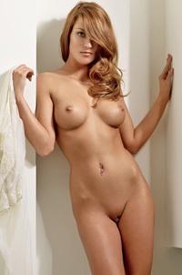Jongenelen nackt rosanne Naked Rosanne